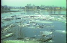 Islossning i Malax å 1984 - Vimeo thumbnail