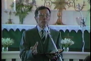 Kvällsmöte i kyrkan-1983 - Vimeo thumbnail